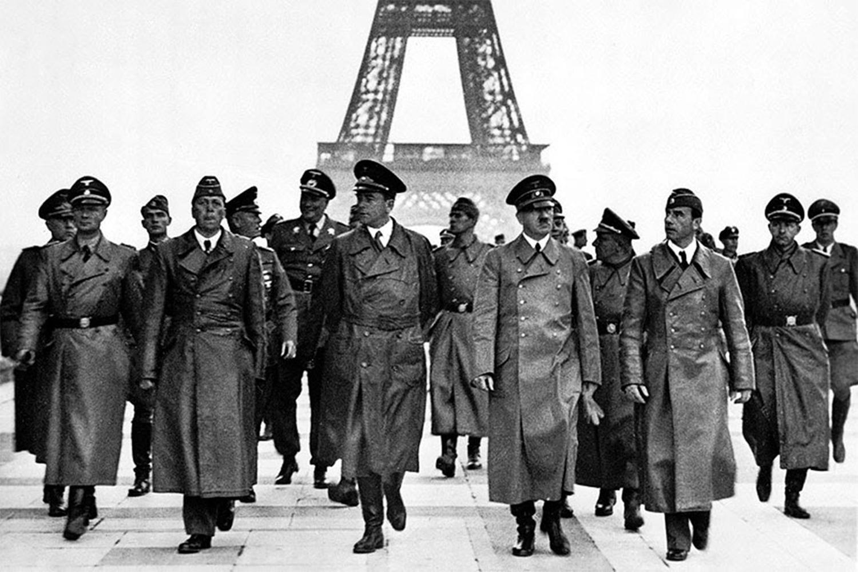 Hitlers triumphant tour of Paris 1940 Home
